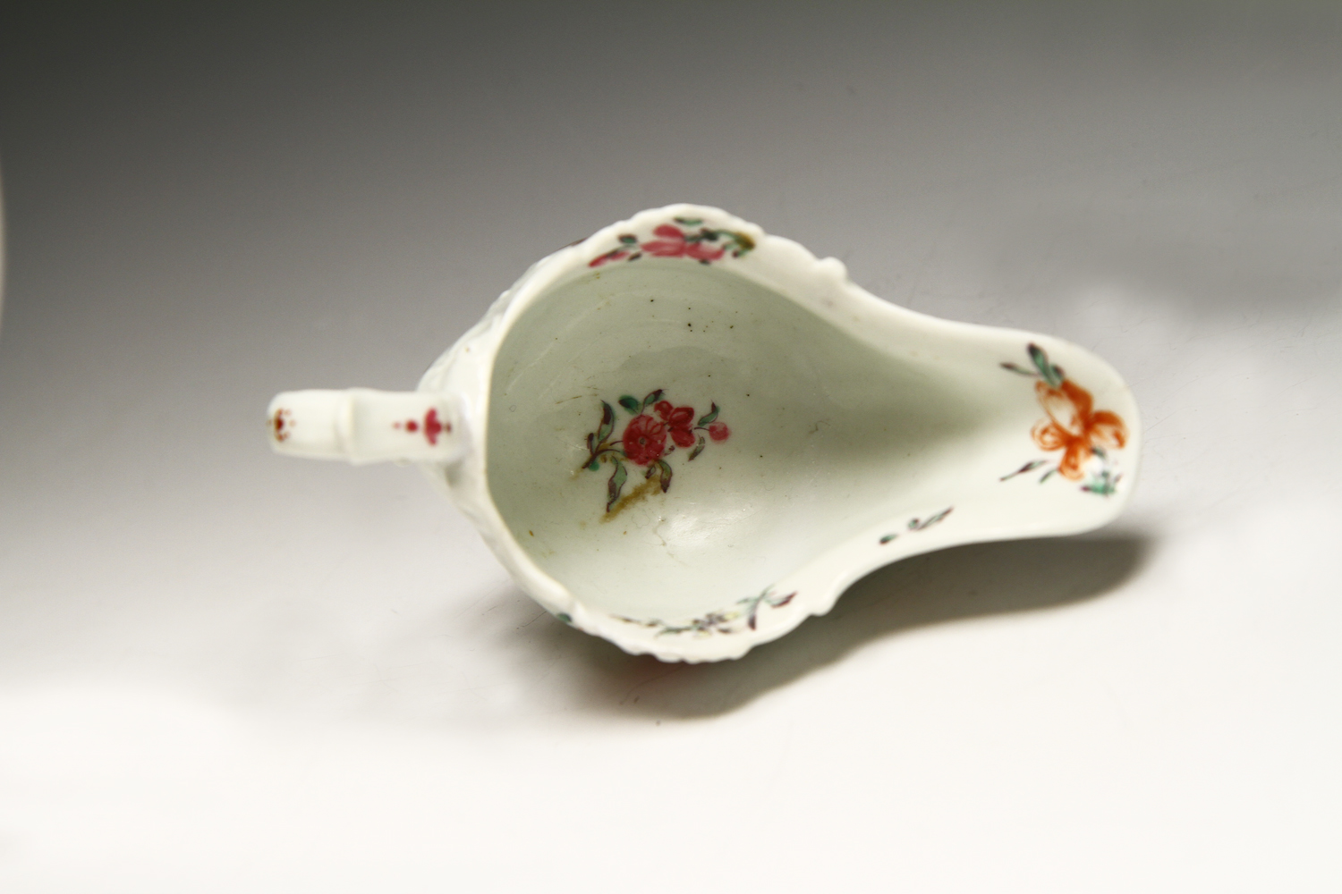 1070 - Rare small Worcester polychrome sauceboat c 1758